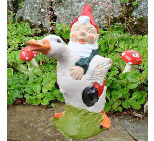 Garden gnome Andrew and Duck Front