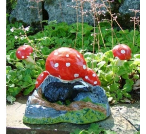 badger with toadstool