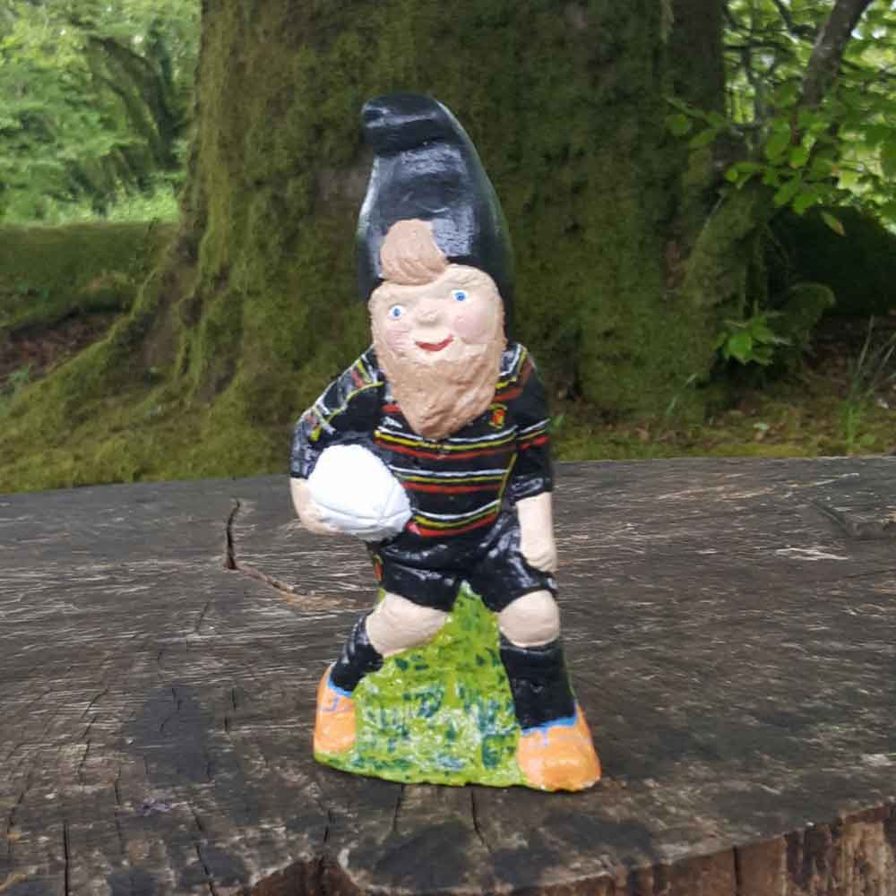 rugby player gnome